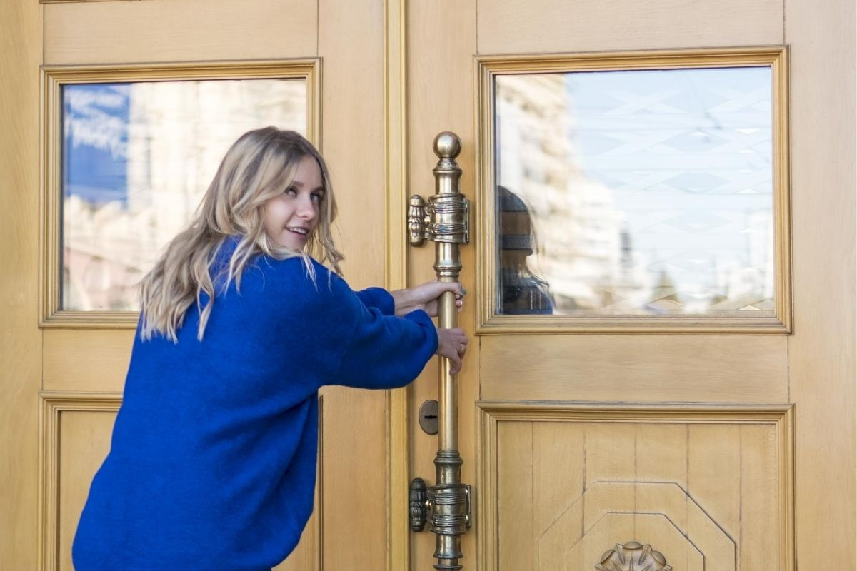 Stay-Safe-and-Avoid-Lockouts-With-Advice-from-Locksmiths-in-Westwood